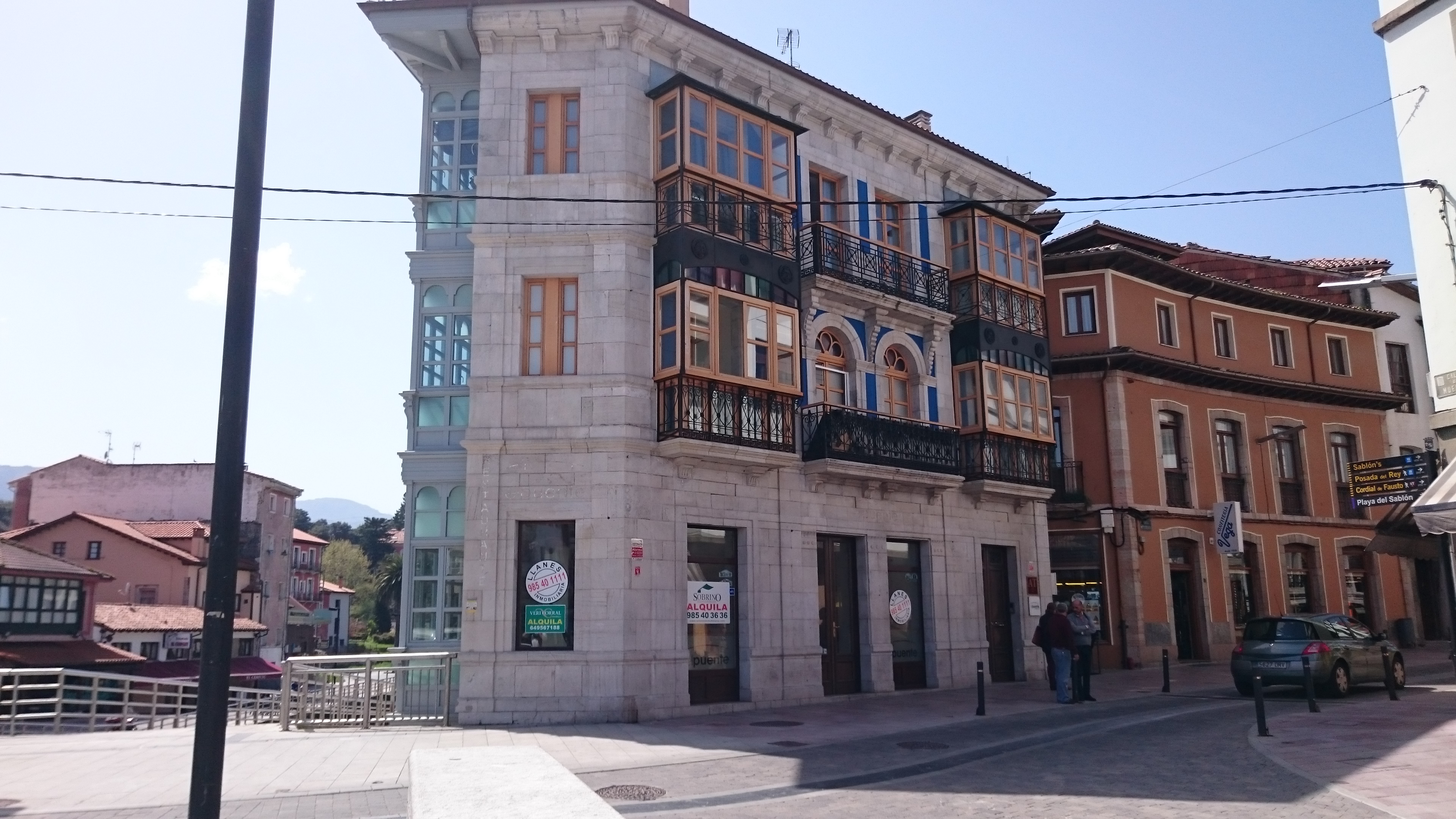 Apartamentos El Puente En Llanes